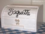 Muut_Baguette_leipälaatikko